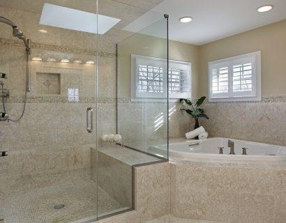 Large master bath remodel in Santa Rosa, CA